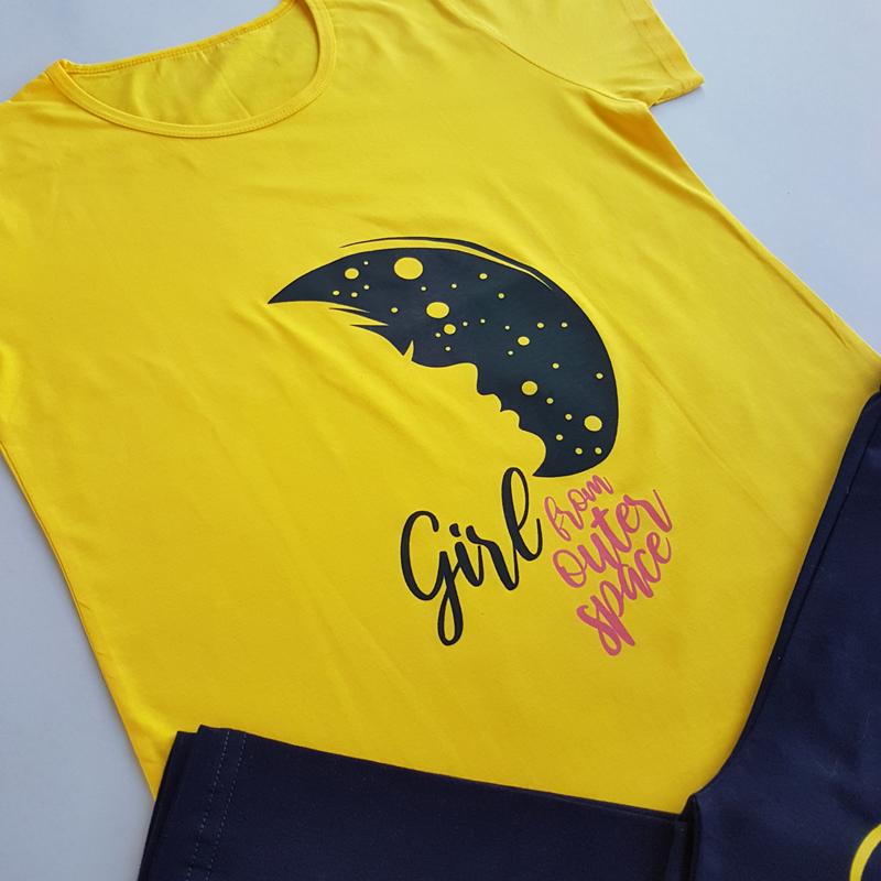 ست راحتی تیشرت شلوارک زنانه طرح ماه 49436
